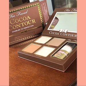 **NEW** Too Faced Cocoa Contour Pallet